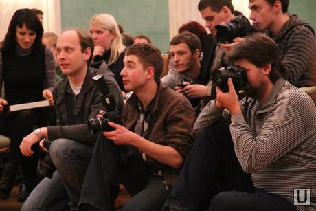 Итоговая прессуха Куйвашева, дом севастьянова, журналисты, пресс-конференция, пресса
