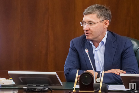 Губернатор Якушев и стройотряды. Тюмень, якушев владимир