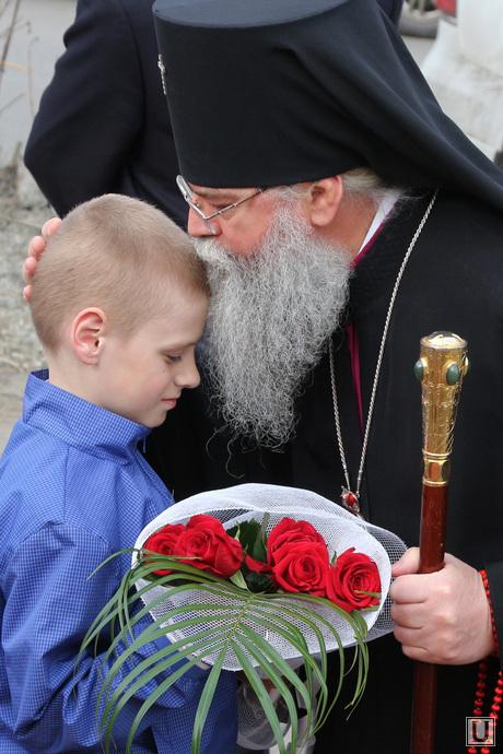 Молебен по случаю возобновления строительства Богоявленского храма Курган, архиепископ константин