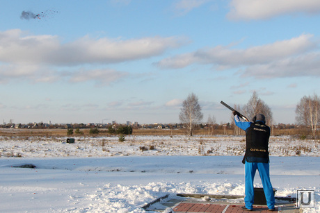 Алексей Кокорин в тире Курган, стрельба, ружье