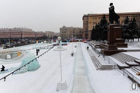 Ледовый городок. Чудовища. Челябинск., ледовый городок