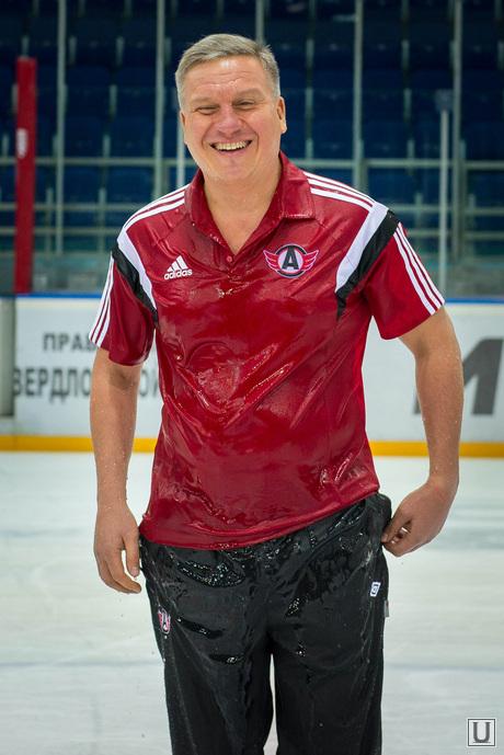 Алексей Бобров и Ice Bucket Challenge. Екатеринбург, хк автомобилист, Бобров Алексей, Ice Bucket Challenge