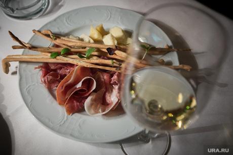 Ресторан Castorka, ресторанная еда, вино, блюдо