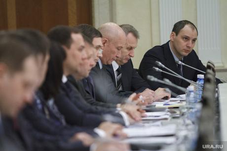 Заседание президиума правительства, президиум правительства, совещание у губернатора, паслер денис, председатель правительства, премьер области