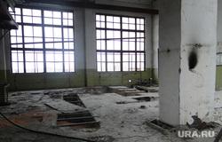Чебаркульский крановый завод. Разрушенный цех. Челябинская область., цех, руины, завод