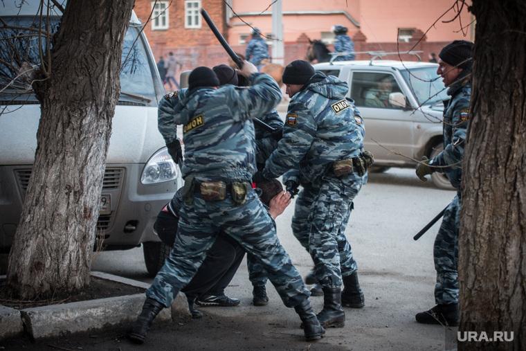 Клипарт. Пермь, беспорядки, сопротивление, задержание, омон