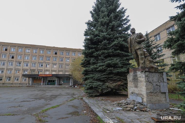 Танковое училище. Челябинск., ленин