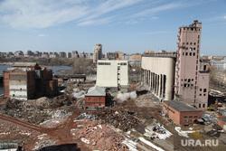 Подрыв одного из цехов мукомольного завода. Екатеринбург, мукомольный завод, ЕМЗ