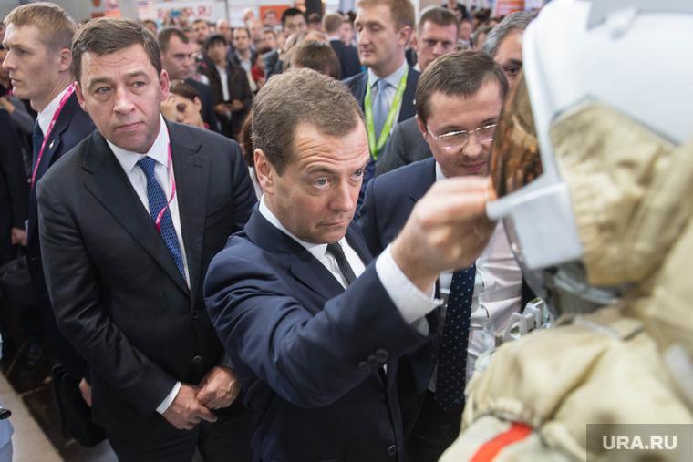 ИННОПРОМ-2015: проход Дмитрия Медведева. Екатеринбург, куйвашев евгений, медведев дмитрий