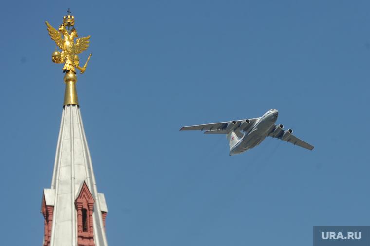 Генеральная репетиция парада на Красной площади. Москва, государственный исторический музей, военная авиация, военный самолет, гим