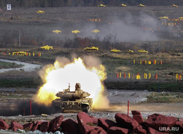 Выставка вооружений Russia Arms Expo-2013. RAE. Нижний Тагил, военная техника, rae, испытательный полигон, танк, выстрел