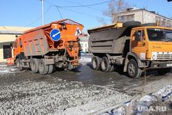 Ремонт дороги ул Бажова  Курган  , дорожные работы, ремонт, самосвал