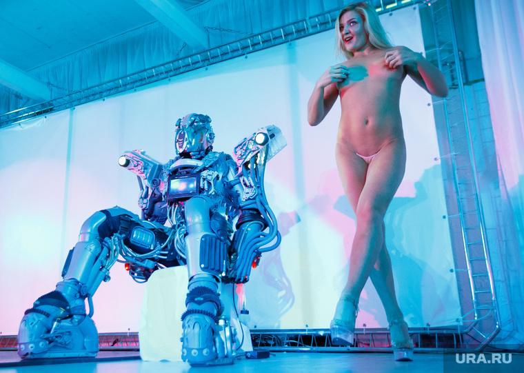 Секс в стриптиз клубе видео