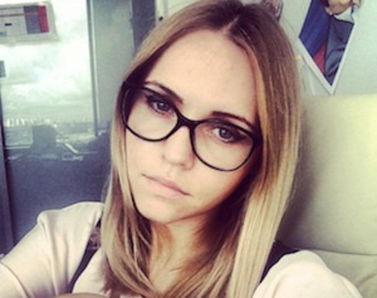 Милая молодая блондинка фото фото 129-841