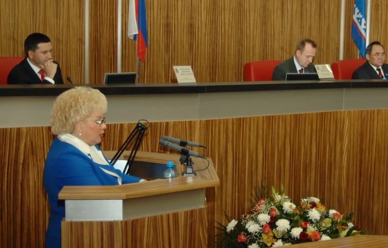 Альбина Свинцова департамент финансов ЯНАО, свинцова заксобрание