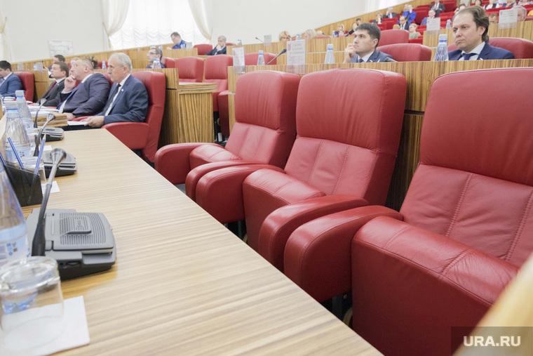 Заседание Заксобрания ЯНАО 27 октября 2016, кресла, место, заксобрание янао, депутаты, пустые
