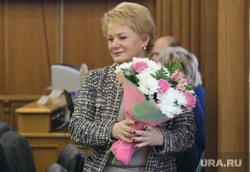 Первое заседание гордумы 6го созыва. Екатеринбург, учайкина светлана, букет цветов