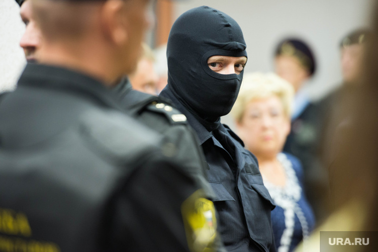 Суд по делу юриста-блогера Василия Федоровича. Екатеринбург, маски-шоу, полиция, омон