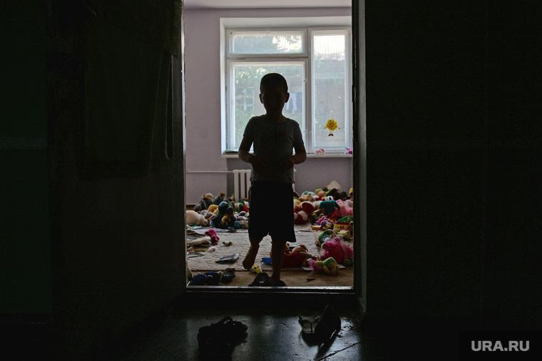 Беженцы из Славянска. Украина , ребенок, детдом, сирота, беспризорник