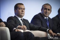 Дмитроий Медведев. Екатеринбург, медведев дмитрий, неверов сергей