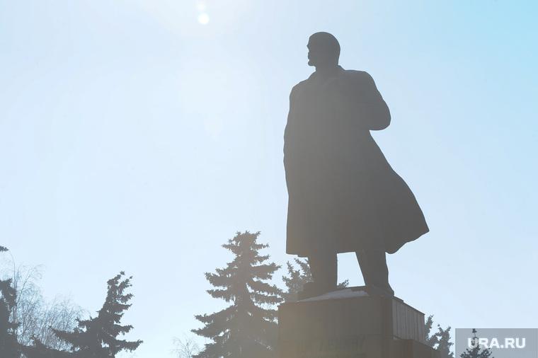 Экология. Выбросы. Дым. Челябинск., памятник ленину, смог, грязный воздух