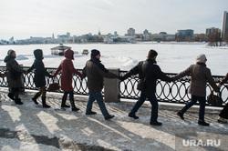 Акция протеста против строительства храма на воде. Екатеринбург