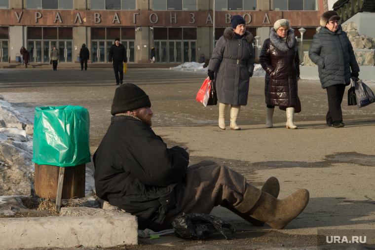 Заседание в Дзержинском райсуде по УВЗ. Нижний Тагил, попрошайка, бомж, нижний тагил, увз, уралвагонзавод, бездомный, безработица, нищий
