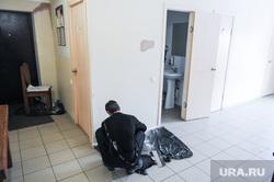 Иллюстрации с места  избиения депутата Калининского района Кирилла Чиглинцева. Челябинск, отделочник, штукатур, ремонт