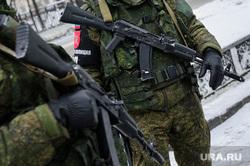 Визит министра обороны РФ Сергея Шойгу в Екатеринбург, автомат, армия россии, военная полиция