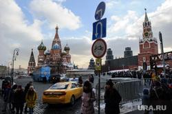 Зимняя Москва, храм василия блаженного, спасская башня, москва, кремль