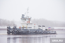 Стрежевская переправа. Излучинск., переправа, корабль, апарелька, баржа