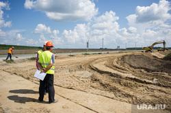 Поездка Дениса Паслера в Талицу, строительство дороги, дорожные работы, ремонт дорожного покрытия