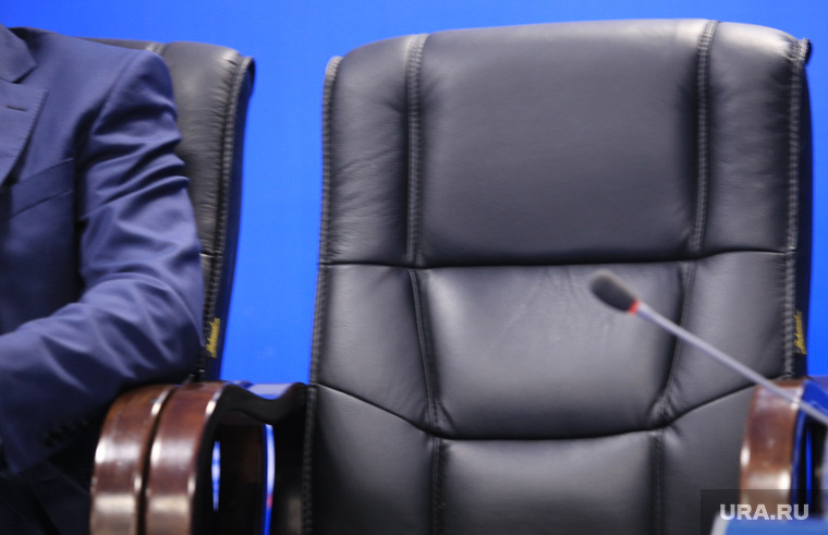 Форум Сочи -2014.  Круглый стол по ТЭК, пустое кресло