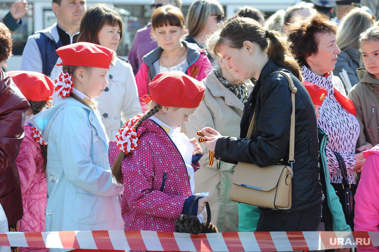 Возложение в Челябинске необр