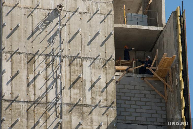 Здание строящейся гостиницы возле Екатеринбург-Арены, строительство, новый дом