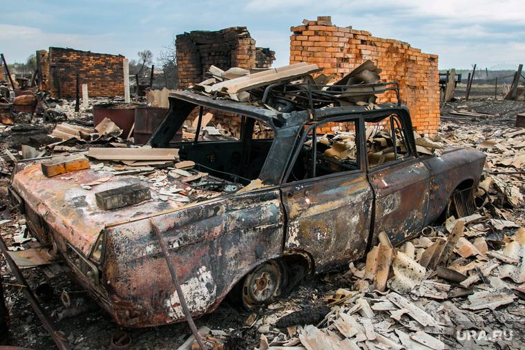 Сгоревшие сельские дома. Мыркайское, пожарище, пепелище, чп, сгоревший автомобиль, сгоревшие дома