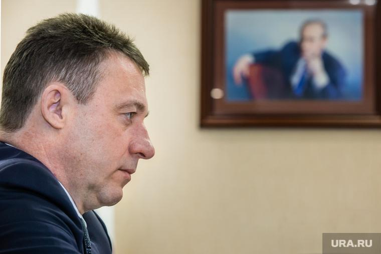 Встреча Игоря Холманских и Натальи Комаровой. Сургут, портрет путина, холманских игорь