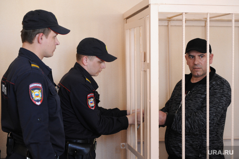 Арест криминального авторитета Рахмана Абдуллаева, в суде Центрального района. Челябинск, конвой, полиция, абдуллаев рахман