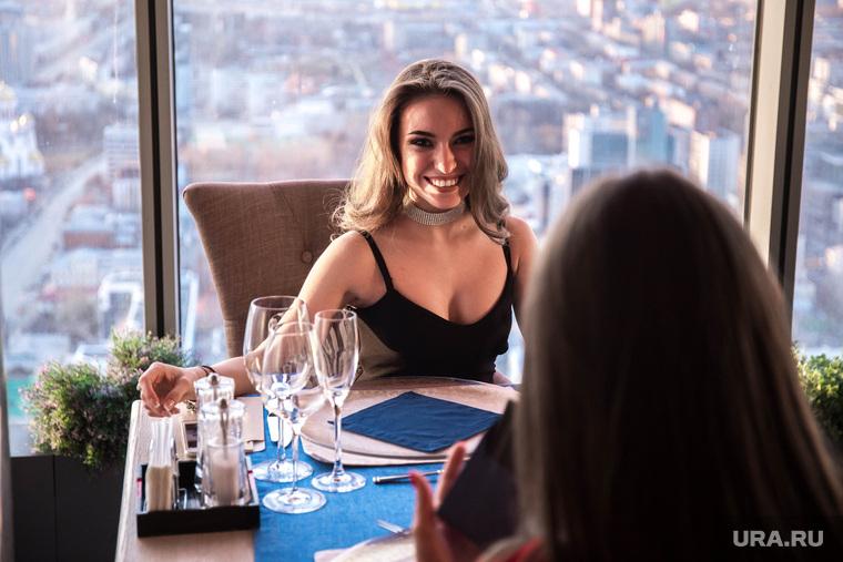 Шоу тунца в Panorama ASP_часть. Екатеринбург, девушка, улыбка, panorama asp