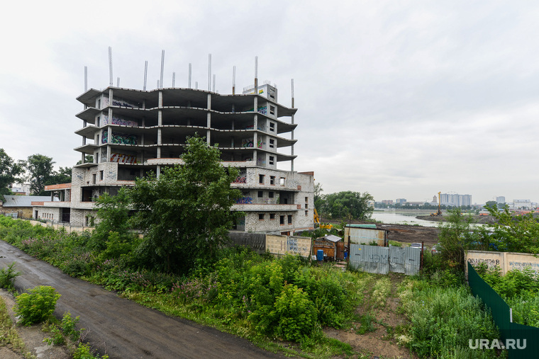 Строительство объектов к саммитам ШОС и БРИКС. Челябинск, долгострой, стройка, строительство, свободы4