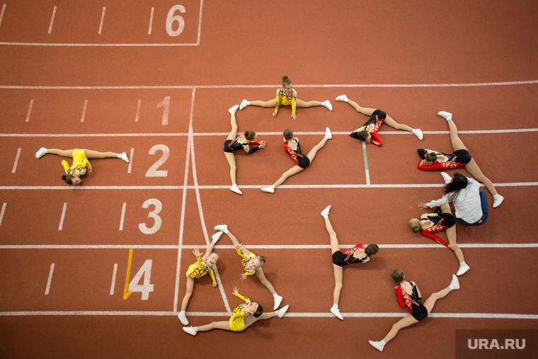 Первый юбилей Центра адаптивного спорта. Сургут, растяжка, шпагат, спортивная гимнастика