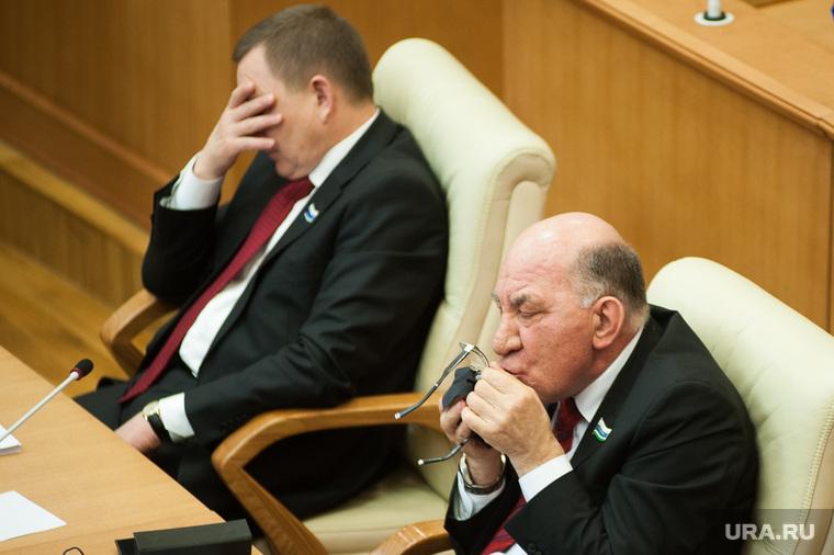 Отчет губернатора Свердловской области перед депутатами о работе правительства в 2016 году. Екатеринбург, абзалов альберт, радаев владимир