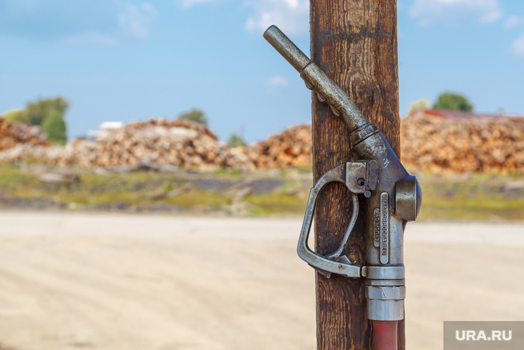 Путевые фото. Нижний Тагил -Восточный - Верхотурье - Гари, бензин, топливо, бензозаправка, пистолет, колонка