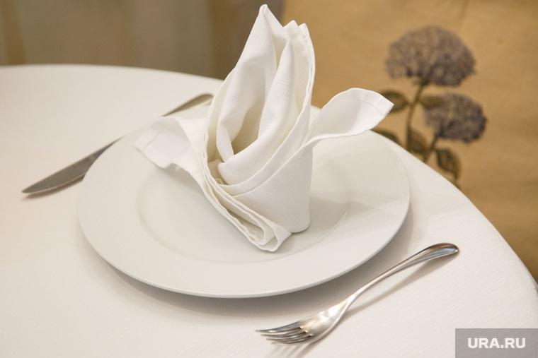 Блюда  нового меню ресторана «Куршавель». Екатеринбург, сервировка, блюдо, обед, стол, еда, тарелка, ресторан