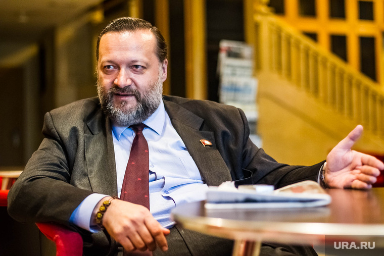 Кандидат в губернаторы Тюменской области от компартии. Тюмень, дорохин павел
