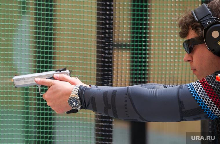 Практическая стрельба из пистолета. Екатеринбург, тир, стрельба из пистолета