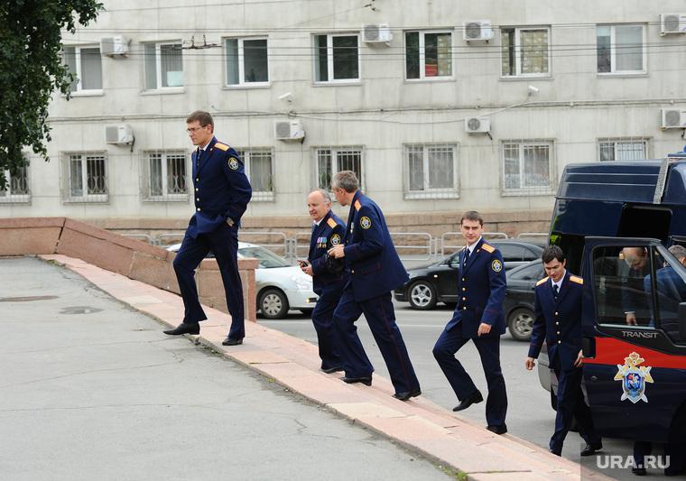 Випы на улице. Челябинск., следователи