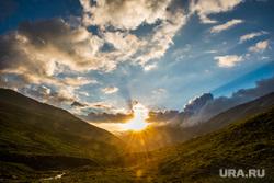 Кавказские горы в окрестностях Эльбруса, туризм, путешествие, горы, закат, природа россии, природа кавказа, приэльбрусье, долина реки уллухурзук