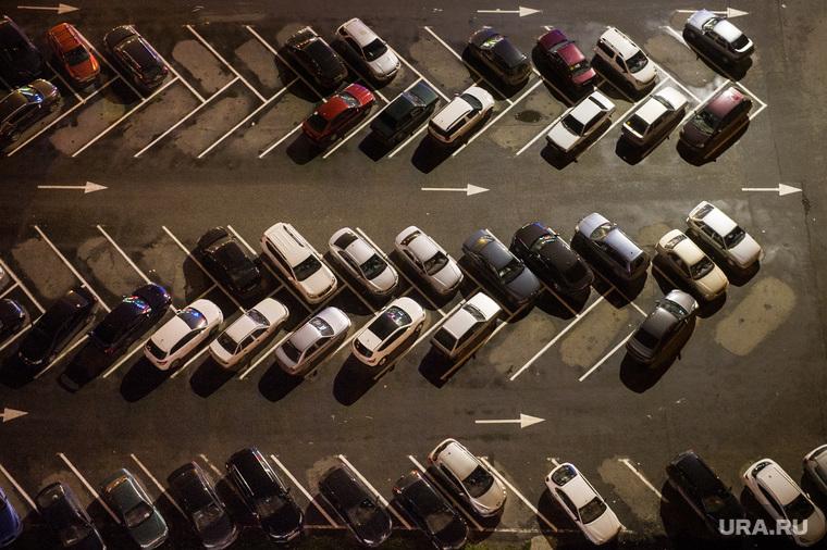 Когда запретят парковку во дворах