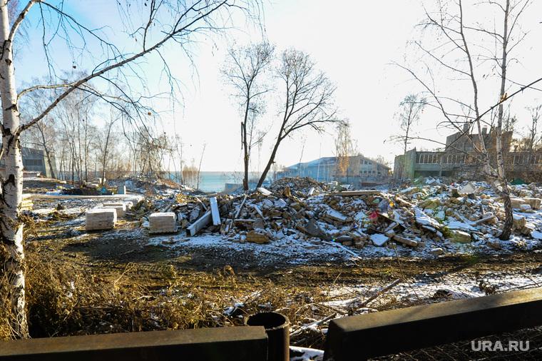 Стройки к саммитам ШОС и БРИКС. Челябинск, прездинтский коттеджный поселок, бывший лагерь чайка